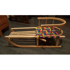 Luge en bois avec assise