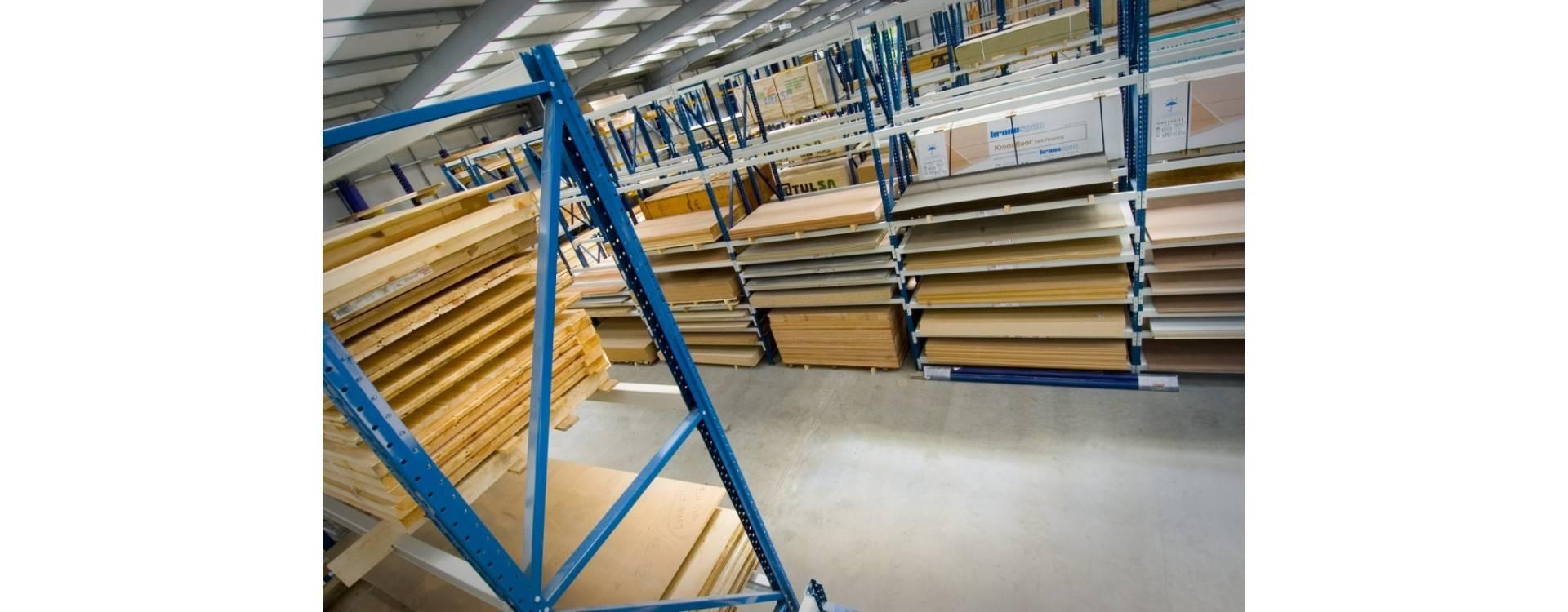 Bien stocker des produits en bois massif